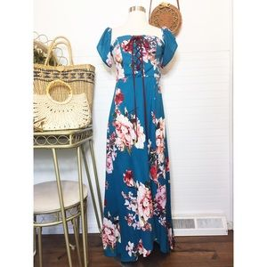 NWT Band Of Gypsies Floral Maxi Dress